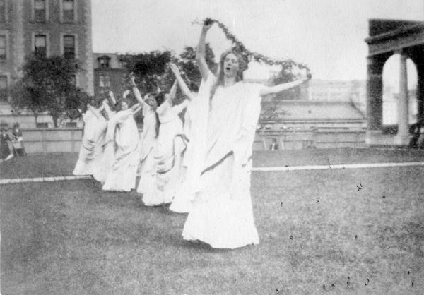 A chorus at the Barnard College Greek Games in 1908