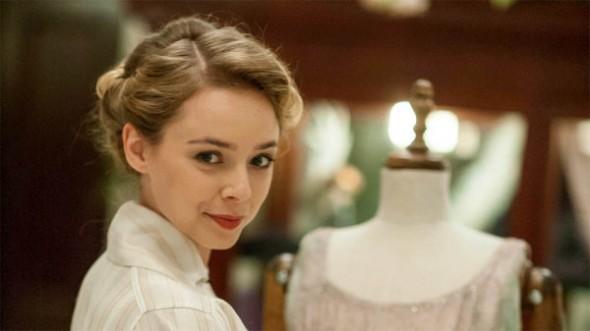 Sacha Parkinson as Connie Hawkins